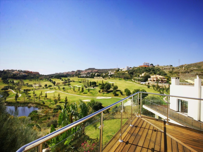 Frontline Golf Villas